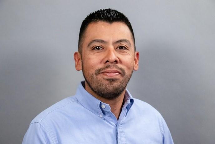 Jose Perez headshot